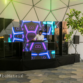 Dynamic DJ booth with LEDskin®