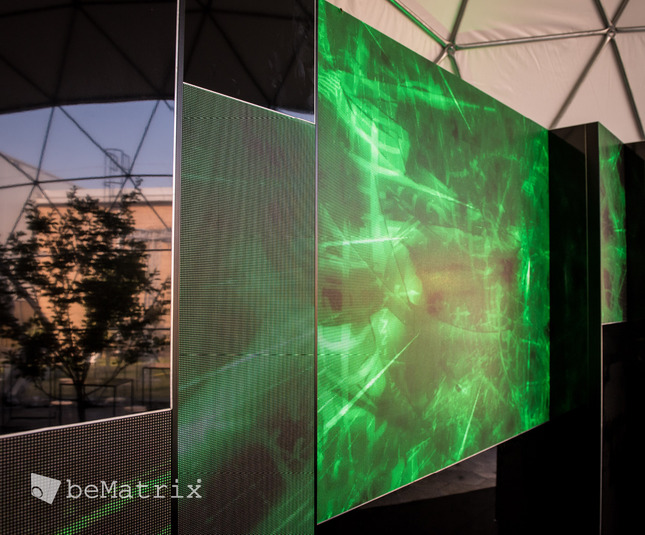 Dynamic DJ booth with LEDskin® - Foto 5
